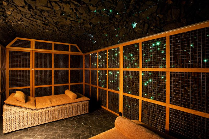 Šungitová jeskyně